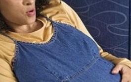 صوره كيفية العناية بالحامل في الشهور الاولى
