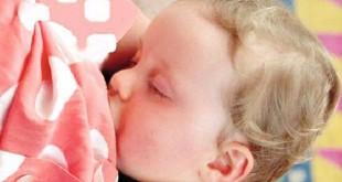 صورة تفسير رؤية الرضاعة في المنام , تفسير احلام من قلب الواقع