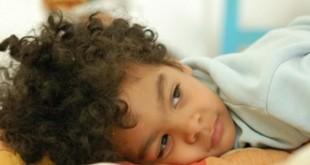 صور كيف اعلم طفلي عدم التبول اثناء النوم