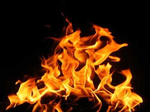 بالصور تفسير رؤية الحريق في المنام M3N4NET 130011 1 500x375