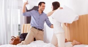 بالصور اشياء يكرهها الزوج في زوجته couple fighting smiling 422x280 310x165