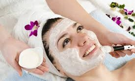 بالصور وصفات طبيعية لتنظيف الوجه images 311 275x165