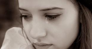 صور صور بنات تبكى