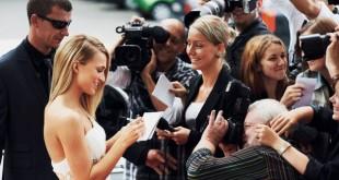 صور كيف تصبح شخص مشهور
