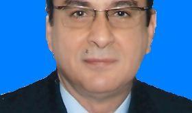 صورة الدكتور نبيل شحاتة استشاري جراحات التجميل