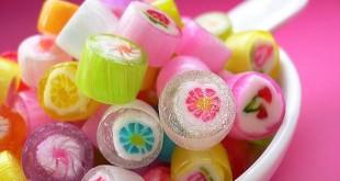 صور تفسير حلم اكل الحلوى