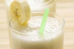 صوره عصير الموز باللبن الرائع و فوائدة