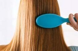 صوره فوائد تسريح الشعر قبل النوم