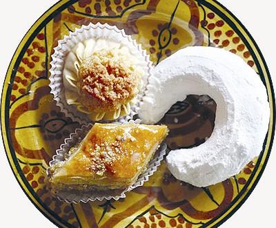 صور كيفية صنع اشهى والذ الحلويات الجزائرية الرائعة