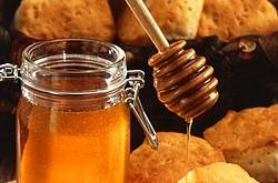 صورة مقالة علمية عن العسل و فوائدة , فوائد رهيبه للعسل قد تزهلك 250px Runny hunny 250x165