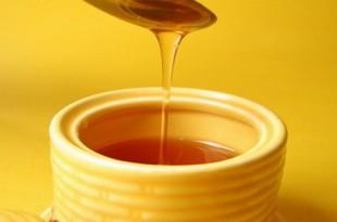 صوره فوائد وضع العسل والزنجبيل على السرة
