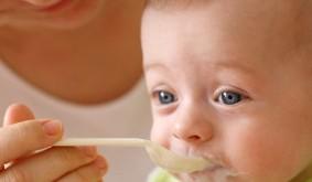 صور اكل الاطفال من الشهر الرابع