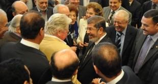 صور فنانين مع محمد مرسي