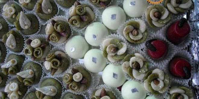 صور كيفية تزيين حلويات العروس