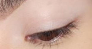 بالصور طريقة تكبير العيون بالمكياج بالصور 8b8a63281be8ec47ca7a3ca8f45ab5ce2c98b275 310x165