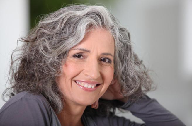 بالصور كيفية علاج الشعر الابيض white hair1 1