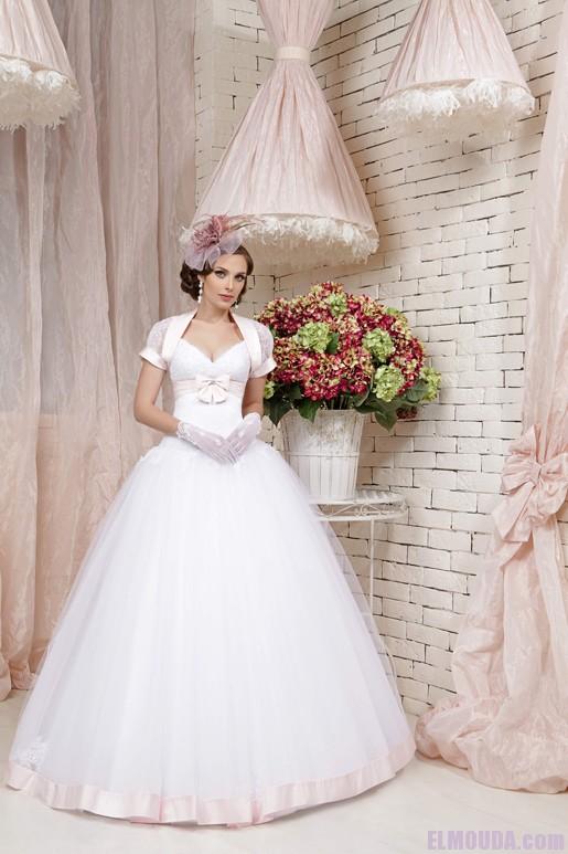 صوره فساتين زفاف موديل سندريلا