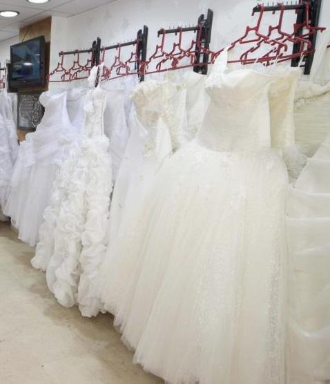 صوره فساتين زفاف عباس العقاد