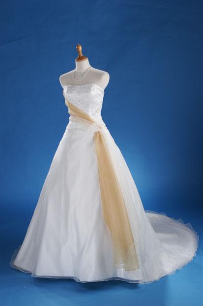 صور احدث فساتين الزفاف فساتين كشخة للزفراح ازياء