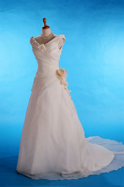 بالصور فساتين زفاف عالمية رهيبة فساتين زفاف مميزة للبنانيت 20160516 251