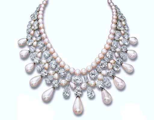 http://s3.weddbook.com/t4/2/0/4/2044003/harry-winston-gulf-pearl-necklace-wedding-jewelry-pinterest.jpg