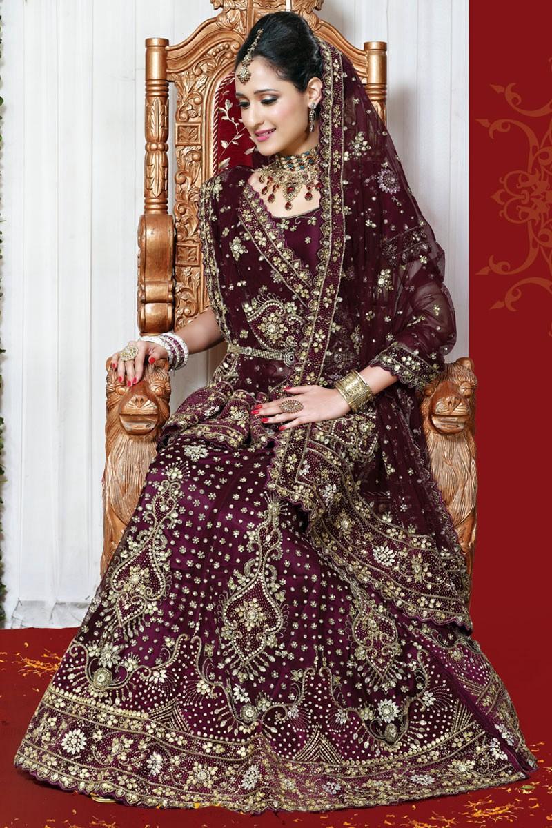 صورة فساتين زفاف هندية 2020 , يشتهروا الهنود بشياكتهم وفساتين افراحهم اللي تجنن