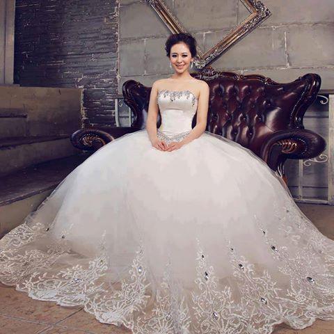 بالصور اجمل 10 فساتين زفاف في العالم 20160517 1044