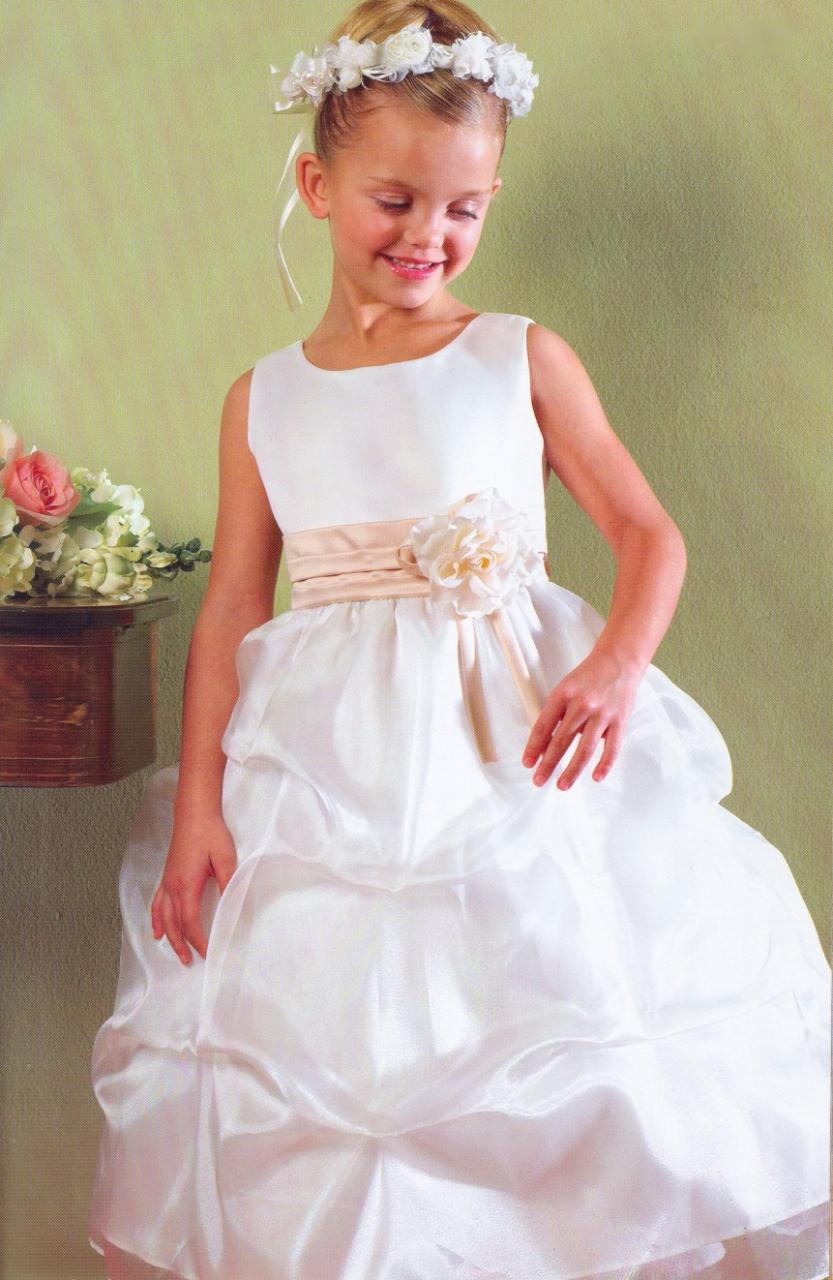 بالصور فساتين اعراس للبنات الصغار 20160517 16