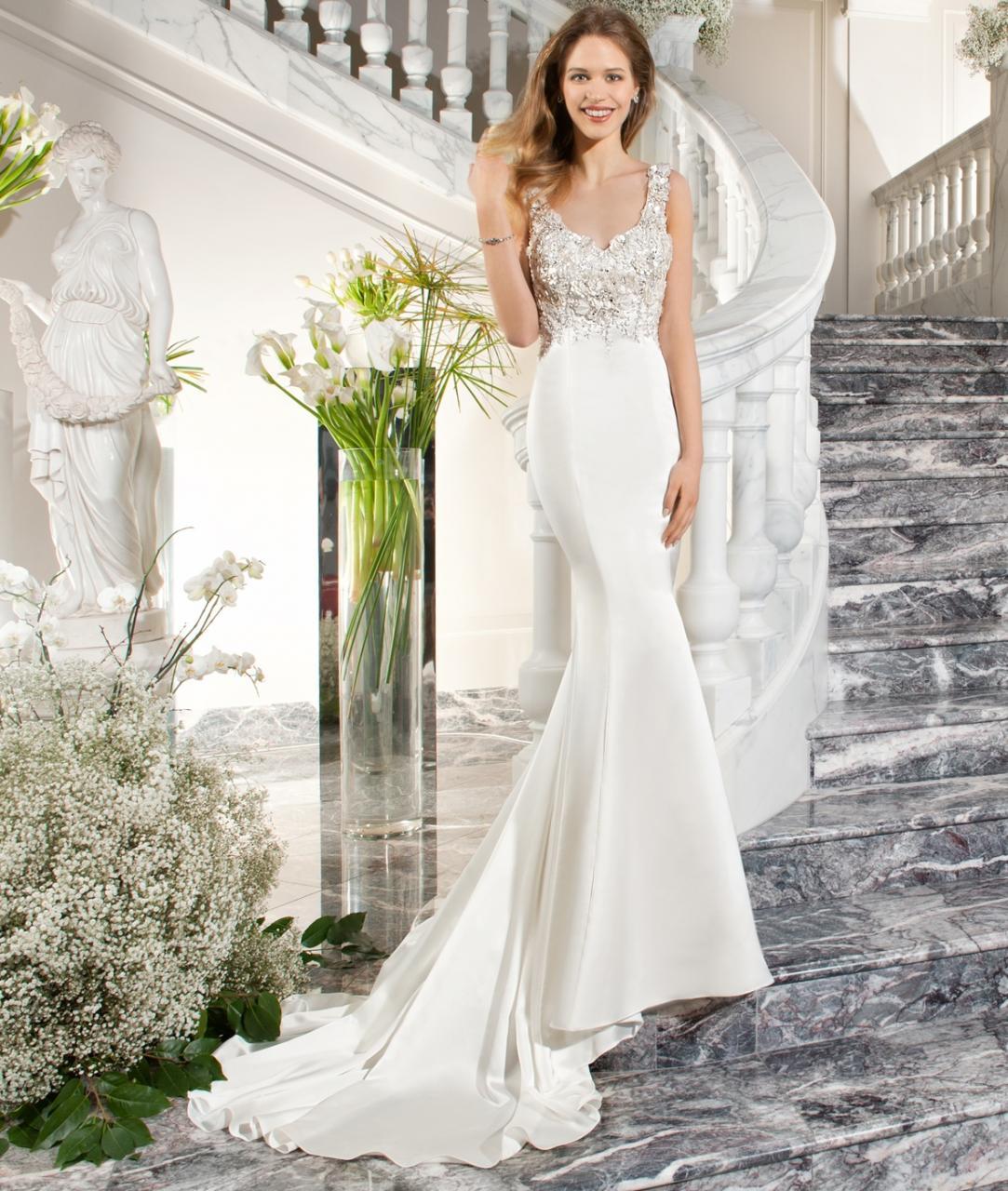 اليك بالصور اخر فساتين ديمتريوس زفاف 2020