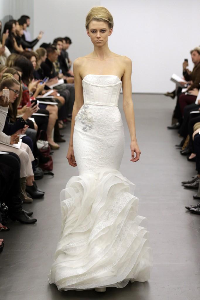 بالصور فساتين زفاف صالون روزيت