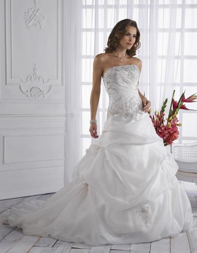 بالصور فساتين زفاف صالون روزيت 20160522 901