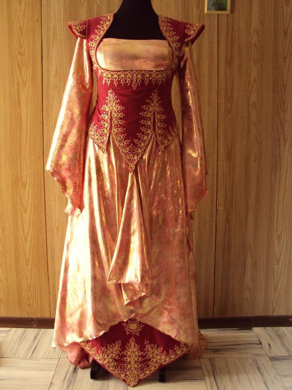 صورة فساتين اعراس صيفية جزائرية , سواريهات جزائرية بلمسة عصرية رائعة