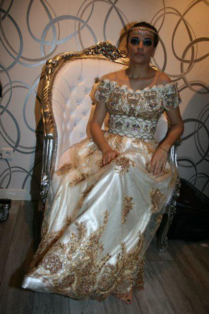 بالصور بلوزة وهرانية 2019 لباس العرائس في الجزائر 2019 20160530 184