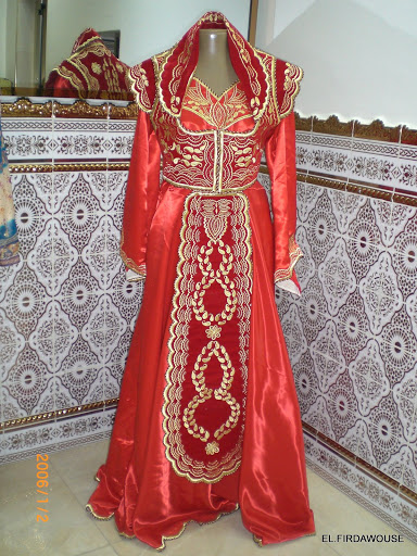 صور فساتين اعراس تقليدية جزائرية , استايلات جديده ومنوعه