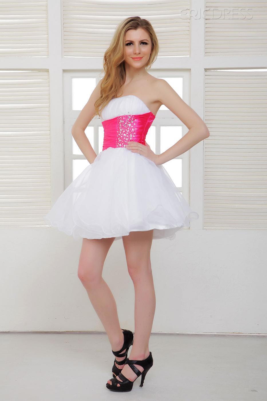 صور تشكيلة رائعة من الفساتين القصيرة