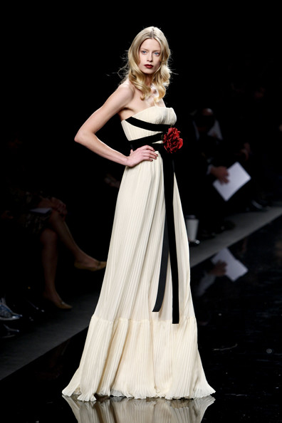 بالصور فساتين ناعمه زهير مراد Zuhair Murad Milan Fashion Week Womenswear 2nKPlNI1x2Wl