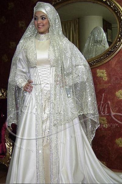 بالصور فساتين زفاف فخمه سعوديه almastba.com 1390096749 618