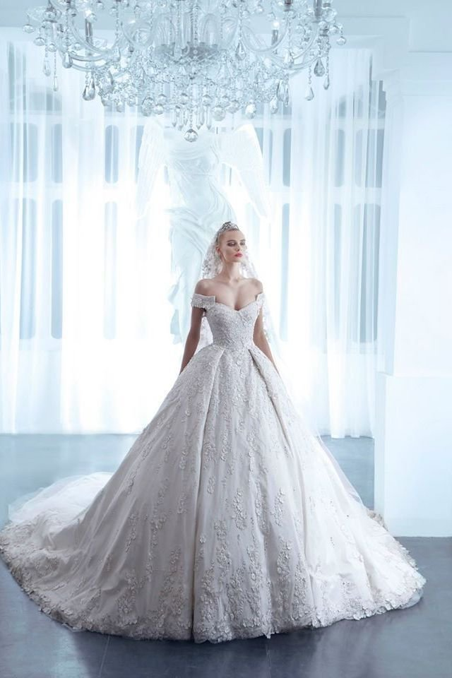 صوره فساتين زفاف نيكولا جبران