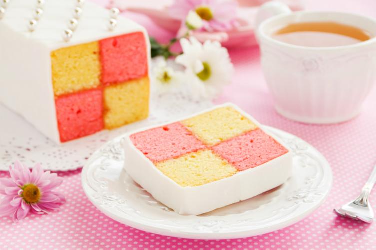 بالصور حلويات شهية من حول العالم كعكة باتنبرغ من أشهى صور حلويات المملكة المتحدة