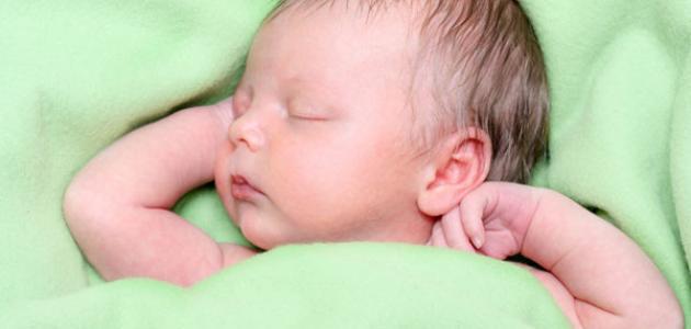 صورة الطفل في الشهر الاول