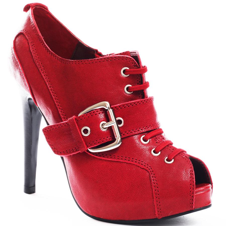 صوره صور احذية حمراء نسائية