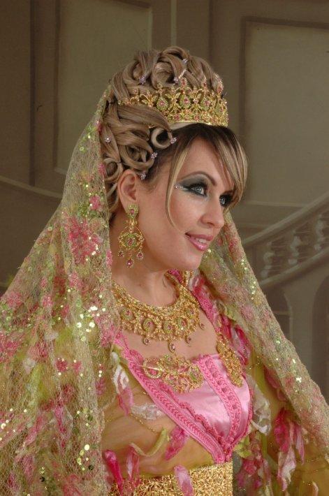 بالصور احدث تسريحات مغربية للعرائس 20160616 1536