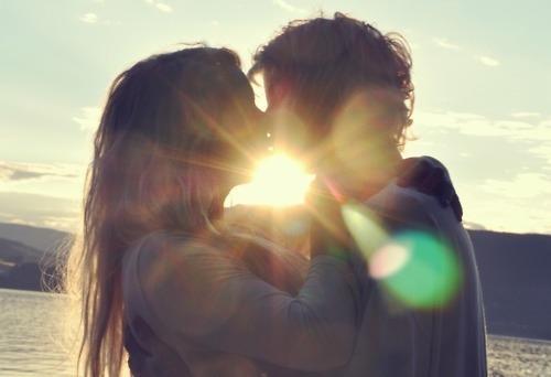 صوره تفسير القبلة في الحلم