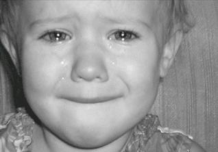 بالصور صورة طفل حزين جميله 20160623 1