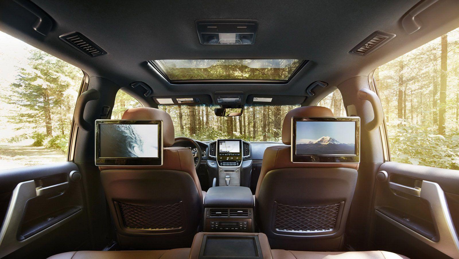 شاشات داخلية للسيارة لاندكروزر VXR 2019