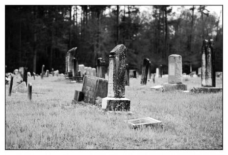 بالصور تفسير القبور في المنام 20160625 1154