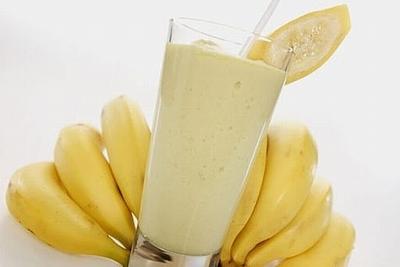 صوره طريقة عمل عصير الموز باللبن