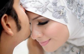 صور هل اللحس والمص حرام بين الزوجين
