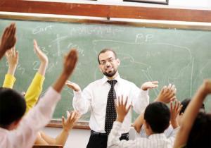 صوره مكانة المعلم في المجتمع