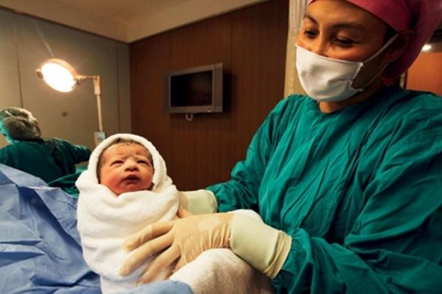 صوره معلومات عن الولادة القيصرية